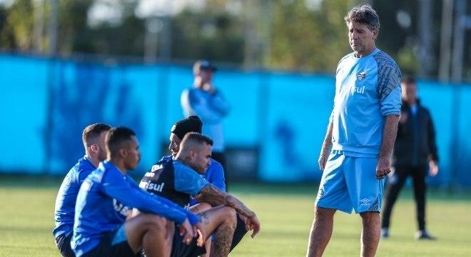 Já classificado, o Grêmio, de Renato Gaúcho, pega o Defensor-URU