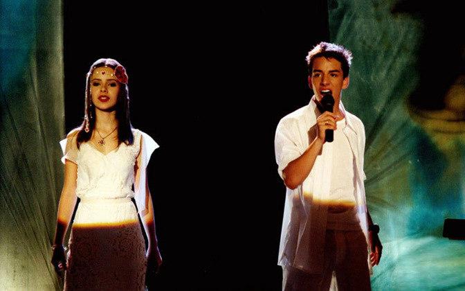 Já consagrada entre o público infanto-juvenil, a dupla SANDY & JÚNIOR fez um megashow que rendeu disco no ano de 2002, interpretando