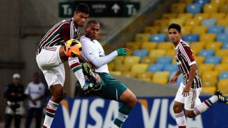 Já em 2013, o Fluminense por ser o atual campeão brasileiro entrou direto na fase de oitavas de finais da Copa do Brasil. No sorteio, o time carioca encarou o Goiás e acabou eliminado. Após vencer o jogo de ida no Rio por 1 a 0, o Flu perdeu de 2 a 0 no Serra Dourada com gols de Renan Oliveira e William Matheus.