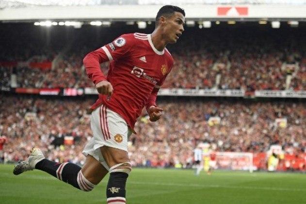 Já na etapa final, após o Newcastle empatar a partida com Manquillo, Cristiano Ronaldo decidiu mais uma vez e com um chute de perna esquerda, colocou o United em vantagem novamente