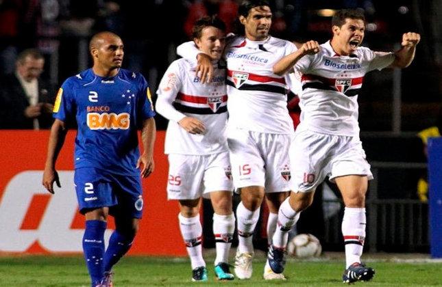 Já nas quartas de final, o São Paulo enfrentou o Cruzeiro e avançou após um placar agregado de 4 a 0.