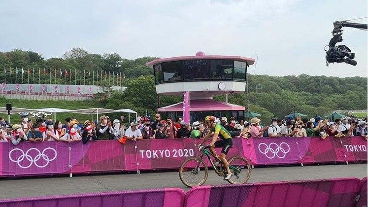 Já no ciclismo cross-country masculino, Henrique Avancini ficou em 13º lugar e se despediu sem medalha. A final da categoria também contou com o brasileiro Luiz Henrique Cocuzzi, que terminou em 33º lugar.