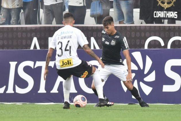 Já no confronto Santos x Corinthians, quem leva a melhor é o Timão. Foram 132 vitórias do Alvinegro da Capital, contra 107 triunfos do Peixe. Ao longo do confronto, foram 95 empates.