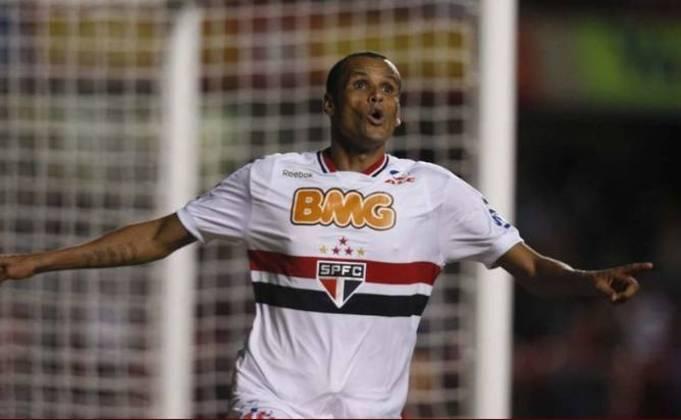 Já no final da carreira, em 2011, Rivaldo jogou pelo São Paulo, disputando 46 partidas e marcando 7 gols.