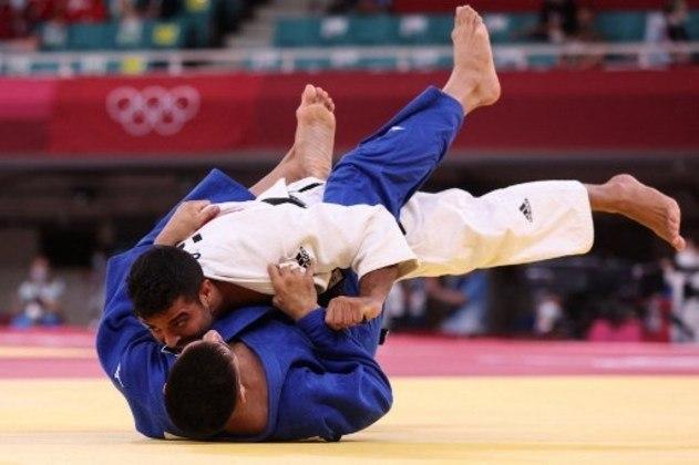 Já no masculino, Eduardo Yudy foi derrotado pelo israelense Sagi Muki na categoria até 81kg e deu adeus às Olimpíadas. O brasileiro perdeu após sofrer um Ippon. O israelense é o atual campeão mundial da categoria.
