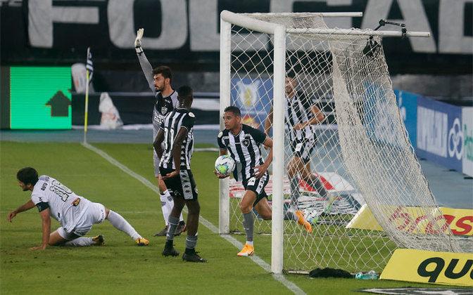 Já o Botafogo liderou o Brasileirão pela última vez na 15ª rodada em 2013. Naquela temporada, o Glorioso acabou o torneio na 4ª colocação.