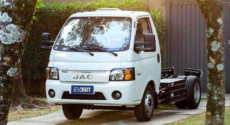 Caminhão pode rodar 350 quilômetros caso utilize o modo Eco ativo
