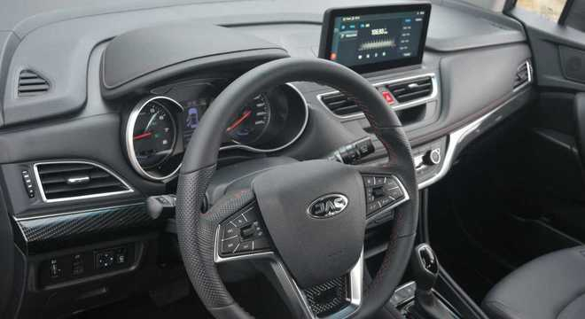 O T50 agora conta com 6 airbags (2 frontais, 2 laterais e 2 para cabeça, tipo cortina)