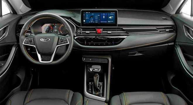 No interior a principal novidade fica por conta do novo quadro de instrumentos totalmente digital