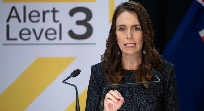 A Nova Zelândia, governada pela primeira-ministra Jacinda Ardern, vem sendo usada como exemplo no combate ao vírus