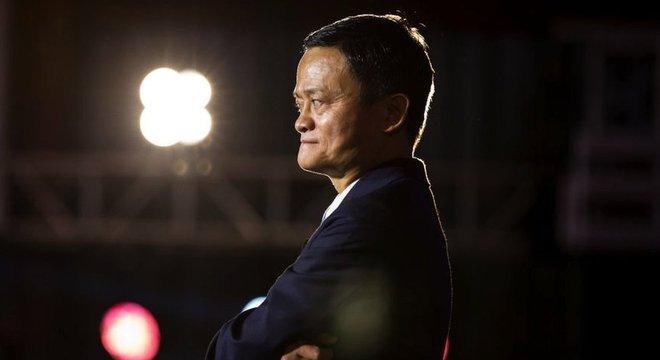 """Ma criticou publicamente os bancos chineses controlados pelo Estado, comparando-os a """"casas de penhores"""" que não têm vocação para a inovação"""