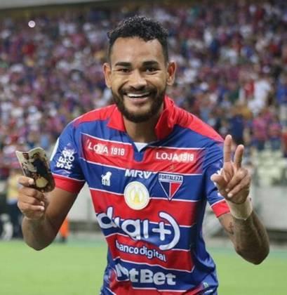 Jackson pertence ao Bahia, mas está emprestado ao Fortaleza até o final do Brasileirão.