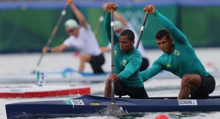 Jacky e Isaquias estão competindo juntos em uma Olimpíada pela primeira vez
