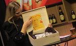 Cada convidado recebeu uma caixa com presentes em homenagem ao Dia dos PaisAssista ao Trilha de Sexta na íntegra