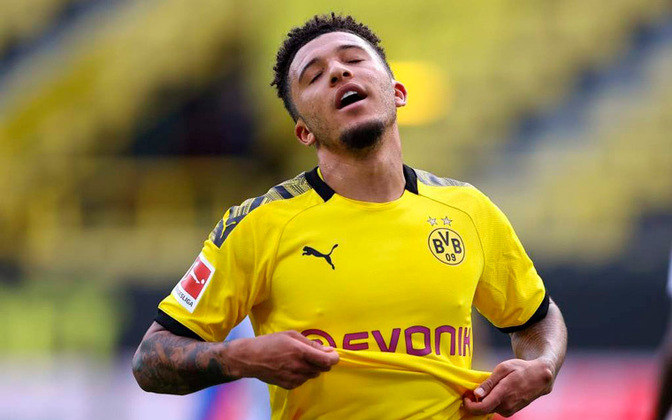 Jadon Sancho - Antigo sonho do Manchester United, o ponta inglês ficou no Borussia Dortmund na última janela, mas segue na lista de desejos dos Red Devils. O clube alemão espera receber cerca de 120 milhões de euros (800 milhões de reais) para liberar o atleta.