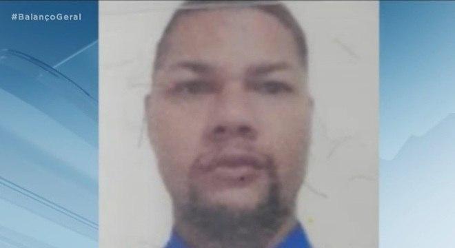 Suspeito de aproximadamente 100 assassinatos, Jagunço, de 29 anos, está preso