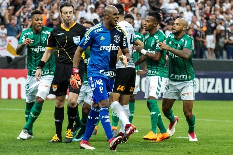 Jaílson pega dois jogos de gancho no Paulista