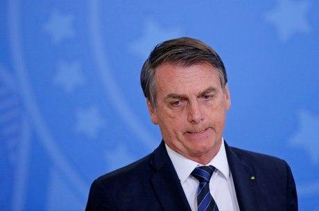 Bolsonaro não falou com a imprensa na chegada