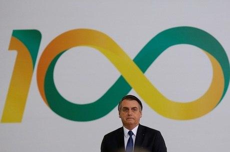 Bolsonaro durante cerimônia dos 100 dias de governo