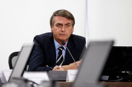 Bolsonaro participa de evento sobre grafeno