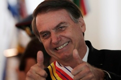 Governo Bolsonaro poderá comemorar golpe