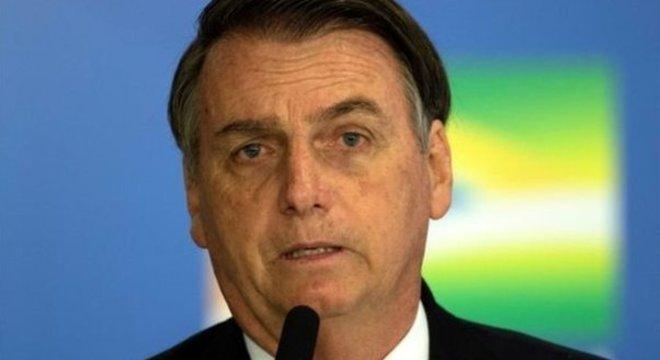 Bolsonaro: 'Quem até há pouco ocupava o governo tinha mãos manchadas de sangue'