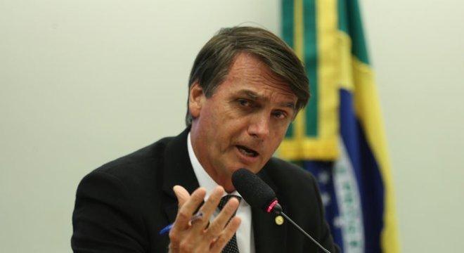 Em julho deste ano, Bolsonaro chegou a dizer que nomearia dez novos ministros, aumentando a composição do STF para 21 ministros