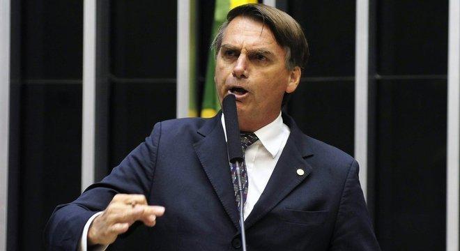 Bolsonaro terá direito a uma equipe de até 50 pessoas para a transição