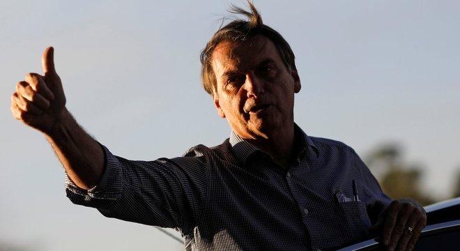 'Eu tenho que lamentar e torcer para que ele não faça do relacionamento com outros chefes de Estado um palco de brigas', diz Collor sobre Jair Bolsonaro