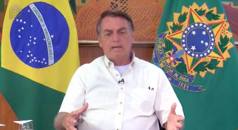 Bolsonaro e governadores divergem sobre razões para preços altos
