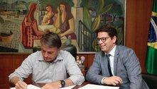 Bolsonaro edita decreto deauxílio financeiro para o setor cultural