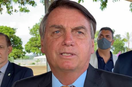 Jair Bolsonaro elogia operação da PF