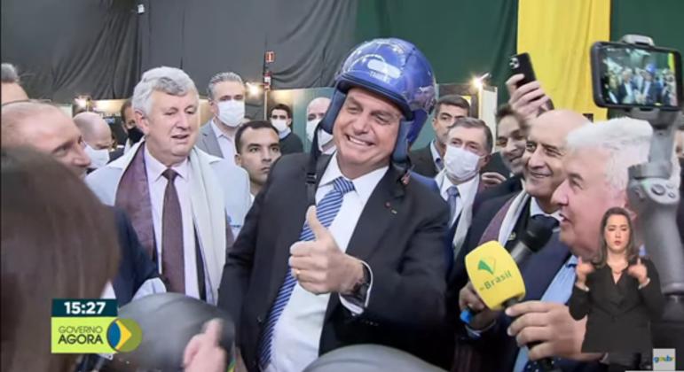 Mercado de armas no Brasil será impulsionado pelo grafeno e entusiasma bolsonaro