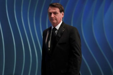 Apenas ouvi, diz Bolsonaro sobre encontro com CEO da Huawei