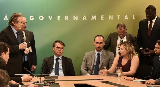 Área econômica do novo governo planeja um conjunto de medidas para tentar preparar o terreno