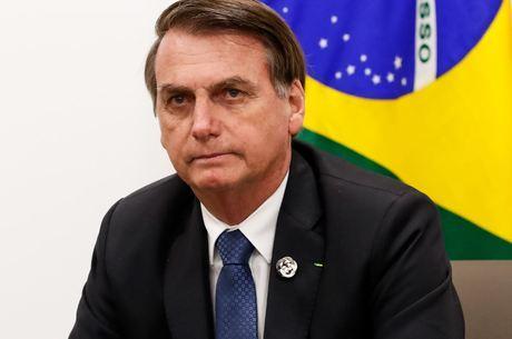 """Bolsonaro: """"Todos têm que dar sua contribuição"""""""