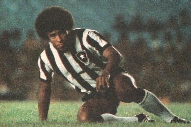 Jairzinho é um dos maiores ídolos da história do Botafogo e do futebol brasileiro. Muito pelo que fez no Maior do Mundo.