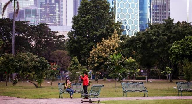 Grandes cidades, com Jakarta, buscam soluções como os parques, pulmões verdes