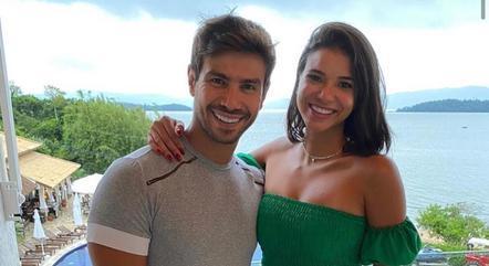 Mariano e Jakelyne curtem fim de ano juntos