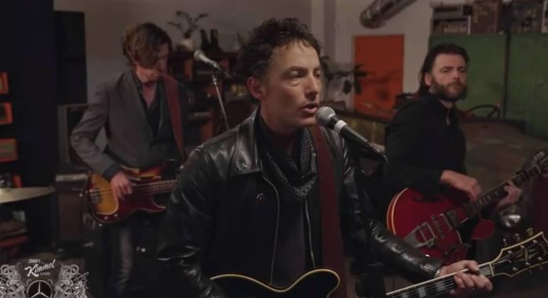 Jakob Dylan em vídeo recente com música do novo álbum do Wallflowers