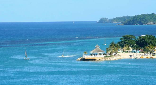 Atividades turísticas na Jamaica podem ser suspensas