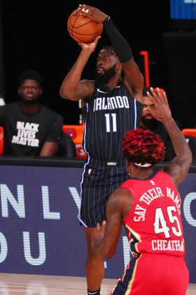 James Ennis (Orlando Magic) 6,5 - Em 31 minutos de ação, Ennis somou 11 pontos e oito rebotes. Reserva durante a temporada, o ala substitui o contundido Jonathan Isaac