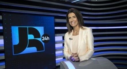 Janine Borba é uma das apresentadoras do Boletim JR 24H