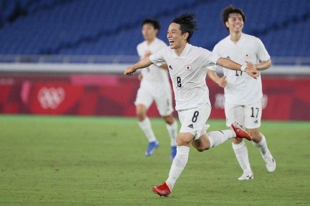 Japão: 9 pontos (3 V/0 E/0 D) - Gols pró: 7 / Gols sofridos: 1 (melhor defesa) / Saldo de gols: 6 - Enfrenta a Nova Zelândia nas quartas de final em 31/07, às 06h de Brasília - Pode enfrentar Espanha ou Costa do Marfim na semifinal, em 03/08, às 08h.