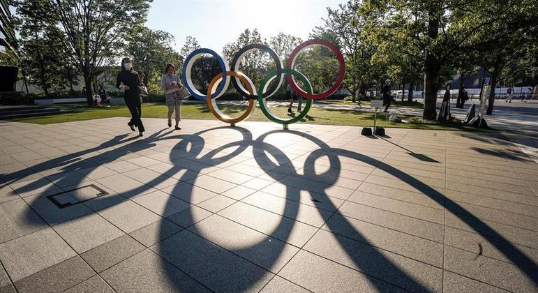 A dois meses dos Jogos Olímpicos, Japão vive alta em casos de coronavírus e vacinação lenta
