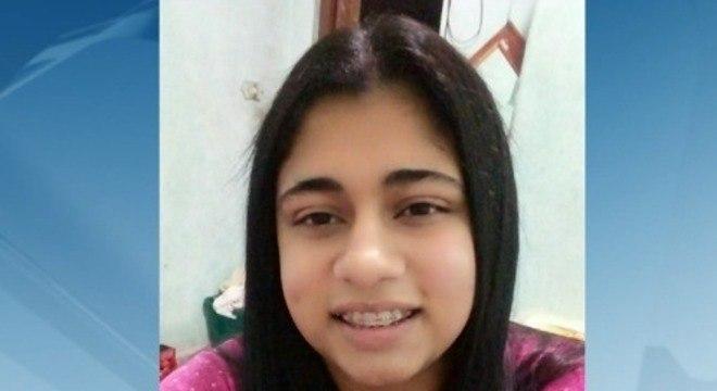 Jaqueline Lima Fernandes, de 24 anos, foi encontrada morta com um tiro no peito