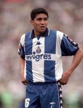 JARDEL - Os 175 jogos com a camisa do Porto e os 168 gols marcados colocam o artilheiro Jardel em um patamar dos ídolos do Porto. Jogou no clube entre 1996 e 2000 e ganhou por três vezes o título português.