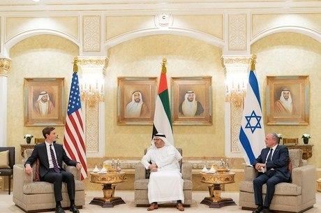 Enviado dos EUA se reuniu com autoridades