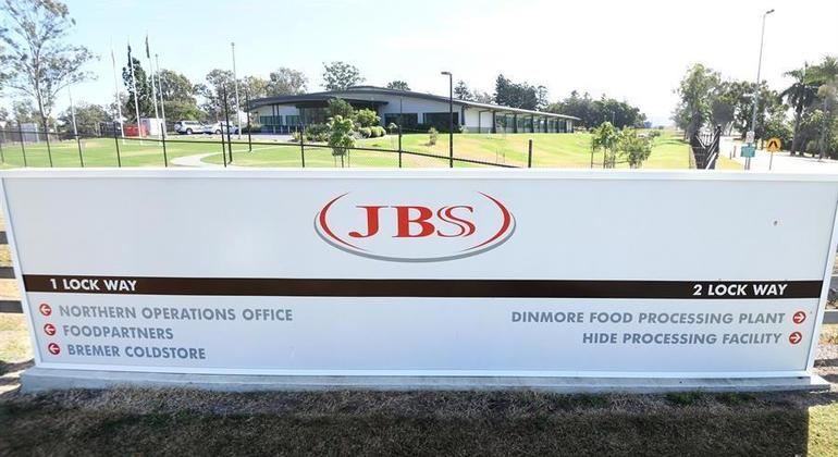 Ataque de hacker paralisou a atividade da empresa brasileira JBS no fim de semana