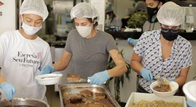 JBS contribui com a ONG Redes da Maré durante combate à pandemia